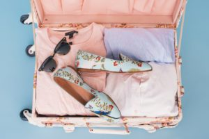 how to pack suitcase